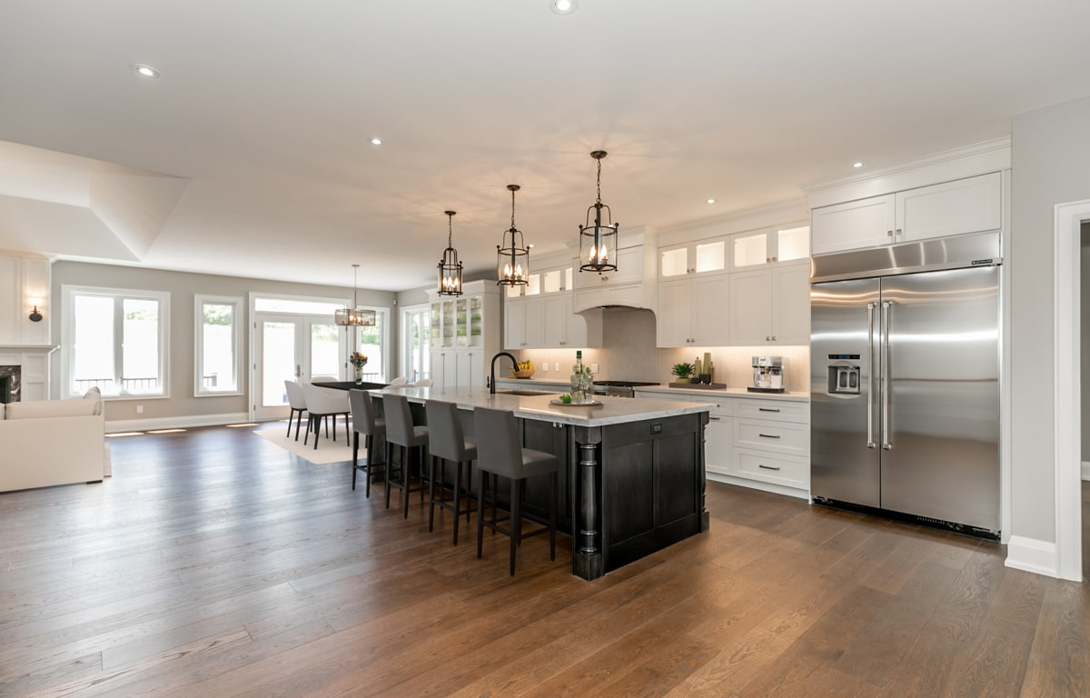 After Virtual Staging kitchen